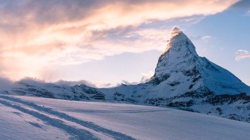 Mountain-peak-the-Swiss-Alps